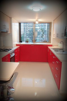 1000 images about cocina roja y beige on pinterest for Integrar lavadora en cocina