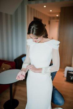 Modest Wedding Gowns, Western Wedding Dresses, Bohemian Wedding Dresses, Dream Wedding Dresses, Designer Wedding Dresses, Bridal Dresses, Bridal Fashion Week, Lovely Dresses, Marie