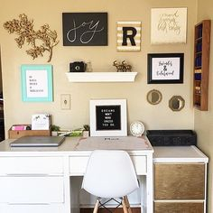 Every office needs motivational reminders, especially on a Monday. . Thank you @ for sharing your beautiful space with us!   Letterboard. Motivational quotes. Girl boss. Office decor. Chic office. Farmhouse. Work from home. Modern. Quote sign. Office quotes. Letterfolk. Letter love. Handwritten.