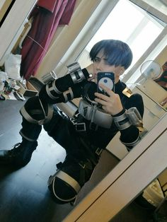 Levi Ackerman cosplay [by Dantelian] Levi Cosplay, Cosplay Anime, Vocaloid Cosplay, Attack On Titan Fanart, Attack On Titan Funny, Levi Ackerman, Otaku Anime, Anime Guys, Cosplay Outfits