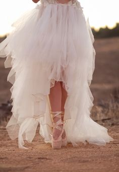 @diamonddancer1 can I borrow your shoes ;) hahaha jks i don't need to break my ankle at my wedding but excellent shot