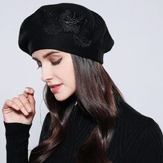 Women S Fashion Sandals Info: 3864771920 Summer Hats For Women, Caps For Women, Paris Winter Fashion, Knitted Beret, Knitted Flowers, Costume Hats, Wool Berets, Fashion Sandals, Knit Fashion