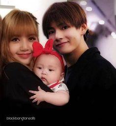 Cute Asian Babies, Miraculous Ladybug Memes, Kpop Couples, Baby E, Blackpink And Bts, V Taehyung, Blackpink Lisa, Relationship Goals, Besties