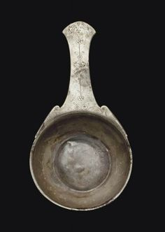 Roman silver patera, 1st century A.D, 17 cm long. Private collection