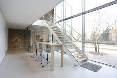 Straight Stairs Wood TRH-615 by EeStairs | Glass stairs