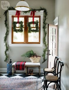 Top 40 Christmas Entryway Decoration Ideas - Christmas Celebration - All about Christmas Decor, Christmas Entryway, Interior, Decorating On A Budget, Holiday Interior, House Styles, Entryway Decor, Christmas Traditions, Trending Decor