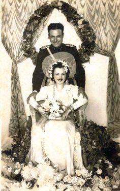 Chic Vintage Brides, Vintage Wedding Photos, Wedding Pictures, Wedding Reception, Wedding Gowns, Wedding Memorial, Bride Bouquets, Receptions, Bridal Looks