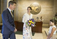 "Daily Mail Femail on Twitter: ""Princess Mary of Denmark looked elegant in a floral dress during her trip to Washington DC"