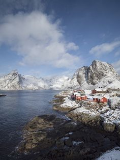 Everything you need to know about road-tripping in the Lofoten Islands