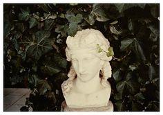 capri, 1981, c-print, 8 1/4 x 11 3/4 inches; 21 x 30 cm / luigi ghirri