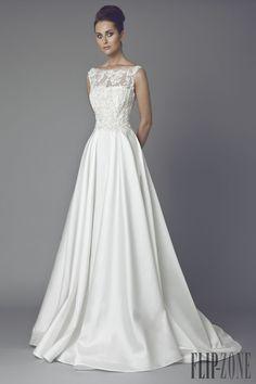 Tony Ward Collezione 2015 - Sposa - http://it.flip-zone.com/fashion/bridal/the-bride/tony-ward-4741