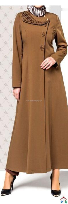 Açık Kahve Pardesü | Armine | Setrms | Kayra | Aker | Alvina Islamic Fashion, Muslim Fashion, Modest Fashion, Fashion Dresses, Modele Hijab, Abaya Designs, Dress Tutorials, Abaya Fashion, Muslim Women