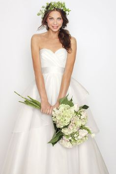 Sweetheart ball gown ruffle organza bridal gown