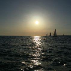 Petrolera 2016 #huba #sunfast3200 #sailing #vela #mar #sea #mediterrani #mediterranean #garraf #petrolera #postadesol #sunset (en Garraf, Cataluna, Spain)
