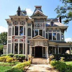 #victorianarchitecture
