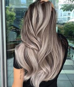 50 stunning ice beige hair color blend for in 2019 Onbre Hair, Hair Day, Wavy Hair, Pixie Hair, Beige Hair Color, Hair Colour, Nice Hair Colors, Ash Color, Cheveux Beiges