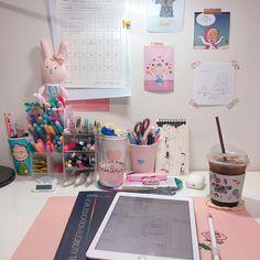 Study Room Decor, Cute Room Decor, Room Setup, Study Space, Study Desk, Girl Bedroom Designs, Room Ideas Bedroom, Study Corner, Kawaii Room