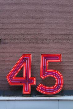 Numbers of New York | feeldesain http://www.feeldesain.com/numbers-of-new-york.html