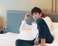 http://ji-chang-wook-for-you.tumblr.com/post/121839735368/jcw-kwave-photoshoot-teaser-video-x