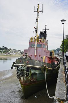 https://flic.kr/p/PU7s4d | Tug Boat Ionia, Bideford 24/08/2016 | Now moored on the River Torridge at Bideford, the tug Ionia originally plied her trade on the River Thames.