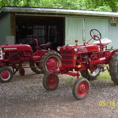 Do you think My two Cubs deserves to win the Steiner Tractor Parts Photo Contest?  Have your say and vote today for your favorite antique tractor photos!