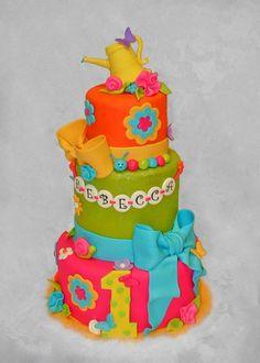 Little Bug's Birthday Cake ~ so cute!