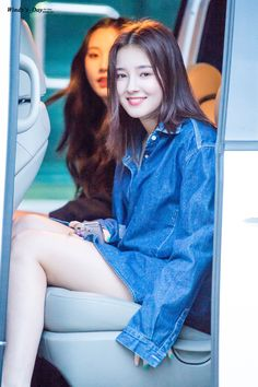 Shared by 아이돌. Find images and videos about momoland, Nancy and nancy momoland on We Heart It - the app to get lost in what you love. Korean Beauty Girls, Korean Girl, Asian Beauty, Nancy Jewel Mcdonie, Nancy Momoland, Cute Beauty, Beauty Full Girl, Korean Celebrities, Beautiful Asian Girls