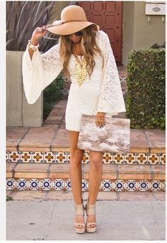 ultimate bohemian vibe - love the oversized hat, jewelry and clutch!  The clutch is FAB!!!