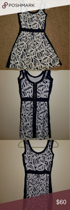 Lilly Pulitzer dress Dress is navy blue and white. Lilly Pulitzer Dresses Midi