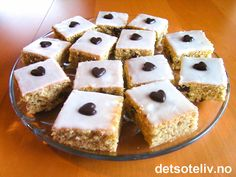 Norwegian Food, Norwegian Recipes, Sheet Pan, Cake Recipes, Muffins, Food And Drink, Pudding, Sweets, Cookies