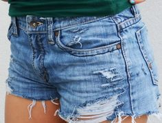 How to make denim shorts from your old jeans? #jeans #shorts #denim #vintage #diy