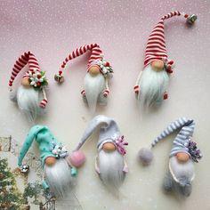 20 Christmas Gnome Ornaments – A Quick, Adorable Craft Christmas Gnome, Scandinavian Christmas, Diy Christmas Gifts, Christmas Projects, Christmas Ornaments, Woodland Christmas, Christmas Mantels, Rustic Christmas, Christmas Holidays