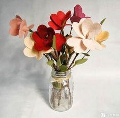 Arranjo de flores de feltro para fazer em casa | Revista Artesanato