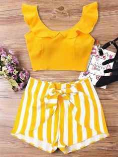 Summer Striped Flat Zipper High Short Scoop Regular Fashion Casual and Going Ruffle Striped Shorts Two Piece Set Cute Summer Outfits, Trendy Outfits, Trendy Fashion, Cute Outfits, Fashion Outfits, Womens Fashion, Casual Summer, Trendy Style, Summer Dresses