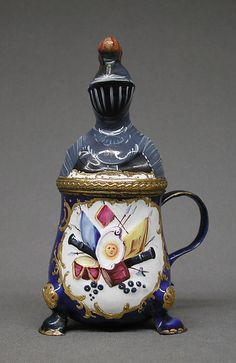 1770 British Mustard pot at the Metropolitan Museum of Art, New York - This mustard pot has a very interesting cover: it is made in the form of a knight's helmet.