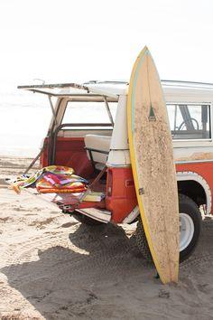 Campervan beach day, summer beach, summer fun, summer vibes, summer d Summer Dream, Summer Beach, Summer Vibes, Summer Fun, Summer Feeling, Hello Summer, Summer Days, Surf Mar, Vw Camping