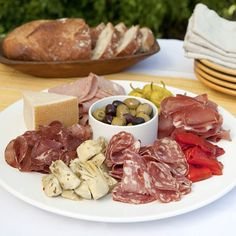 Sausage Making, How To Make Sausage, Fun Food, Good Food, Crudite Platter, Guest Services, Charcuterie Board, Looks Yummy, Board Ideas