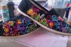 Swirlwind hand painted TOMS by PaintedLaceStudios on Etsy - awesome color!