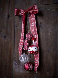 Willkommen im Chalet Pfister Christmas Catalogs, Christmas Ornaments, Holiday Decor, Inspiration, Home Decor, Biblical Inspiration, Decoration Home, Room Decor, Christmas Jewelry