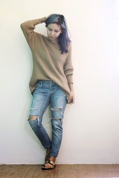 knitted pullover sweater & ripped denim jeans