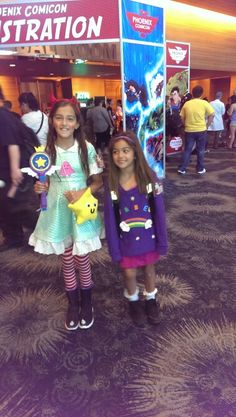 Star Butterfly (from Star vs. The Forces of Evil) and Mabel (from Gravity Falls). Cosplay at Phoenix Comic-Con.