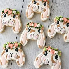Easter bunny cookies - Beautiful Easter cookies from - Crown Cookies, Fancy Cookies, Cute Cookies, Royal Icing Cookies, Cupcakes, Cupcake Cookies, Sugar Cookies, Cookie Pictures, Cookie Crush