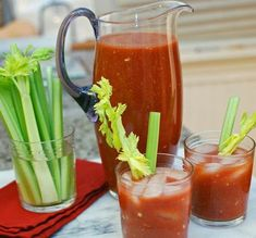 Made with homemade tomato juice. Post image for Kick-Ass Homemade Bloody Mary Mix Homemade Bloody Mary Mix, Bloody Mary Bar, Bloody Mary Recipes, Best Spicy Bloody Mary Recipe, Cocktail Drinks, Fun Drinks, Yummy Drinks, Alcoholic Drinks, Health Tips