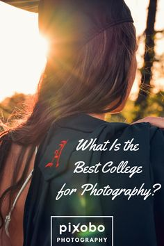 What Is the Best College for Photography? Do you want to grow your photography hobby into something more by starting with photography studying? You can do this by entering online photography studies o Hobby Photography, School Photography, Photography Business, Learn Photography, Photography Guide, University Of Dayton, University Of New Mexico, Photography Colleges, Photography Courses