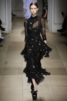 Awesome Erdem Fall 2017 Ready-to-Wear Fashion Show - Lorena Maraschi... FALL '17 RTW Check more at http://fashionie.top/pin/29675/