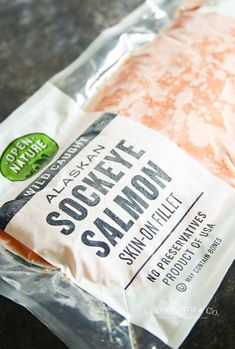 Garlic Butter Salmon is a simple foil packet dinner recipe that's oven-baked for a quick & healthy dinner or made on the grill at your next backyard BBQ. Foil Packet Dinners, Foil Packets, Snack Recipes, Dinner Recipes, Snacks, Salmon Skin, Butter Salmon, Health Dinner, Backyard Bbq