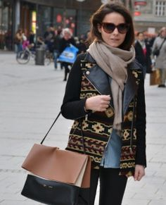 fb5d4790ee5 Let s look at essentials on what clothes to wear in New York city in  November and