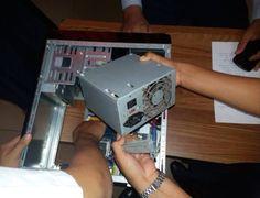 HARD DISK LED Es un Led ubicado en el gabinete, indica cuando el disco rígido esta leyendo o escribiendo datos. POWER SWITCH No debe confundirse con un botón de encendido, un interruptor de encendido es como un interruptor de luz que tiene una posición de encendido y apagado, por lo general representado por un 1 (bajo) y un 0 (apagado).