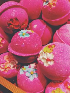 Think Pink ballistics by Lush- a gorgeous combination of tonka, vanilla absolute, lavender, and neroli oil. Creates a beautiful bath!