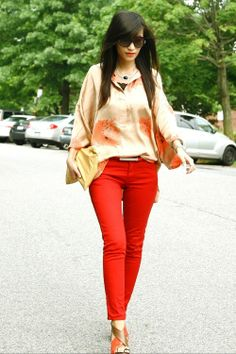 silk 3/4 sleeve blouse + skinny jeans chic